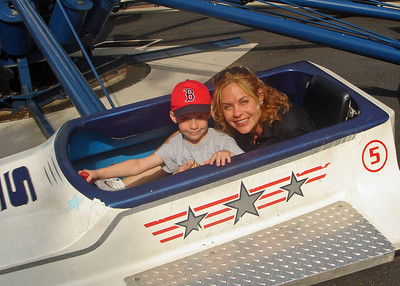 Alex & Mom on Starship