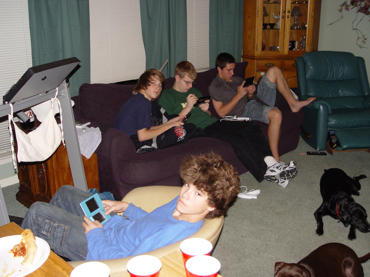 2007-12-8-Science-project-kyle038