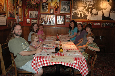 Eric, Beverly, Deb, Kathy, Rachel, Matt, Jamie, and Gillian having dinner at Buca de Beppo