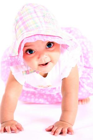 2008 May - Braelyn Noel - 6 Months Old!