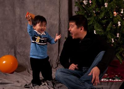 2008Dec12 - Holiday Pics