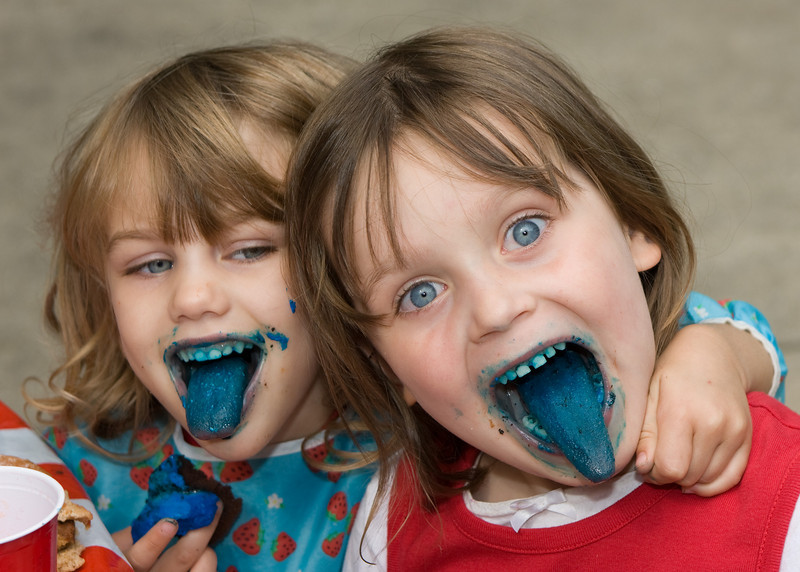 Katrina and Sarah show off their blue tongues