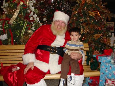2008-11-30 Santa & Dylan