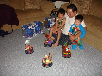 2008-12-05 Christmas Decor