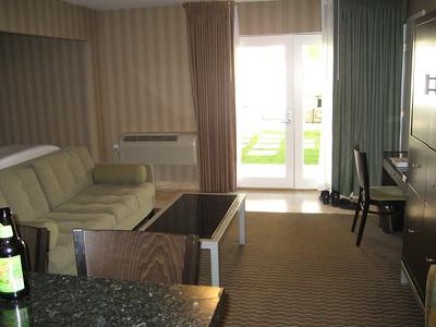hotel_room_5