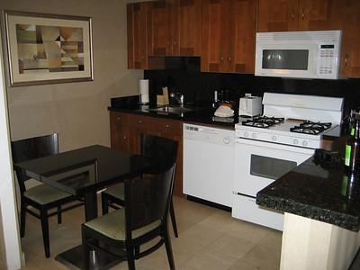 hotel_room_4
