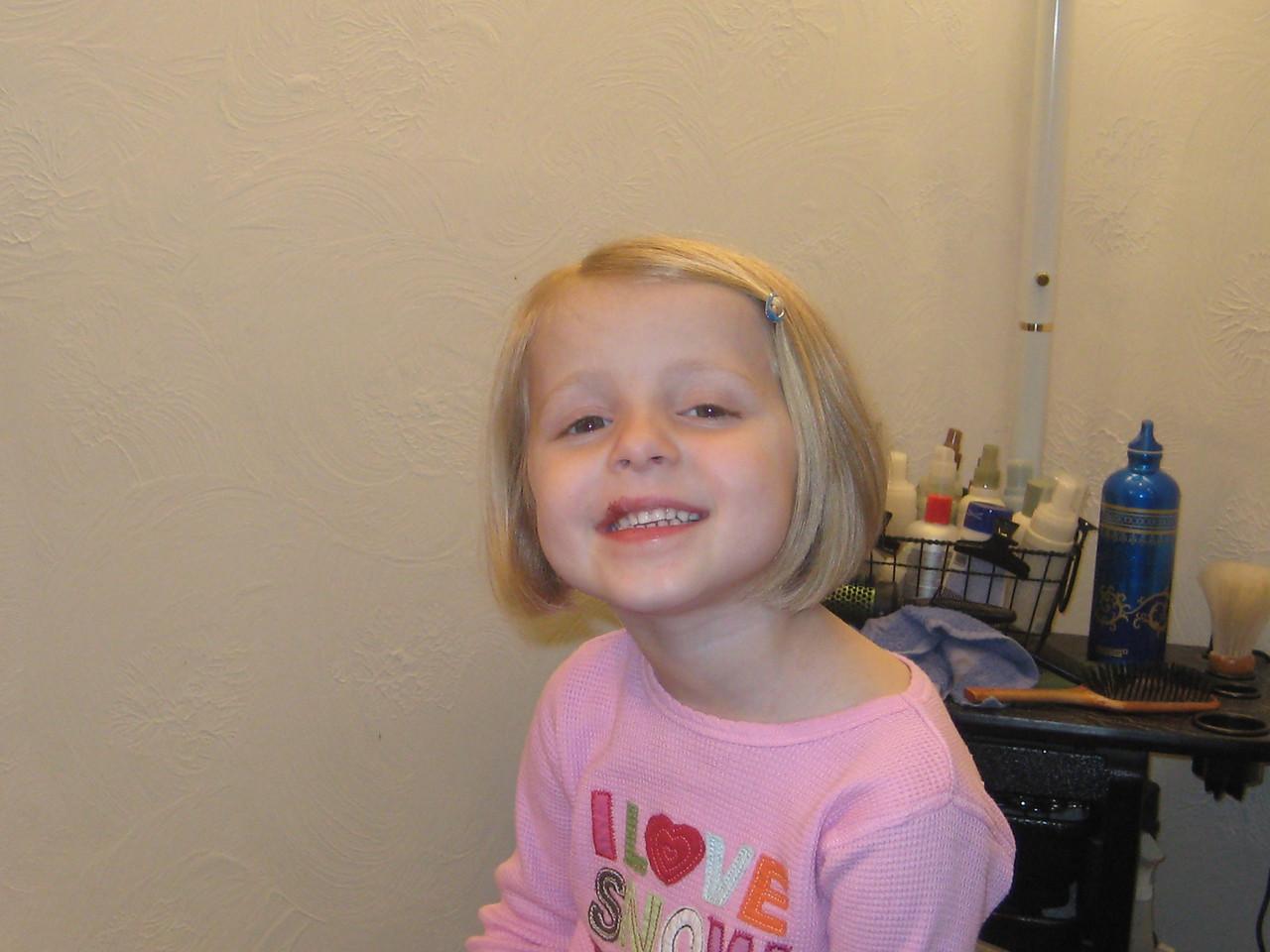 Rachel after her new hair cut!