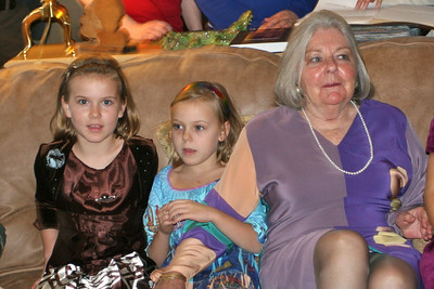 Alice with her granddaughters Darcy and Tess