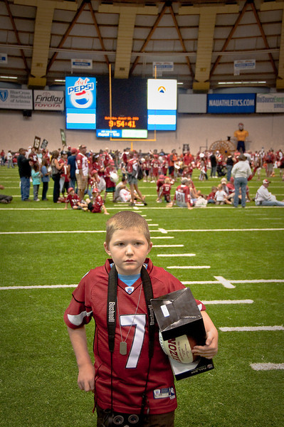 (8.8.2009, Flagstaff, Arizona) Images from Connor and Dad's visit to Cardinal's pre-season training camp.  Connor is ready to get some autographs.