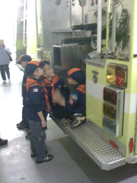 Visit to the Dexter fire department<br /> 12/1/2009