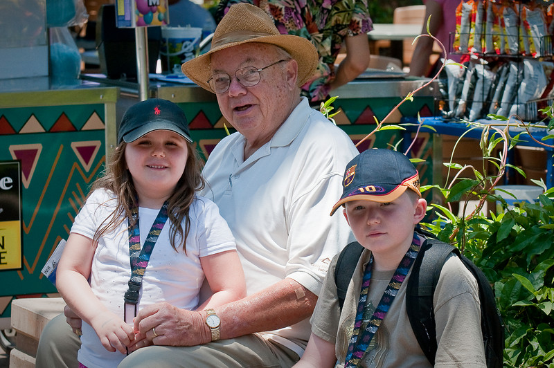 6.30.2009 -- Connor and Claire's visit to the San Diego Zoo with Grandpa.