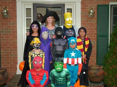 McKisson Halloween with Jackie and Landii