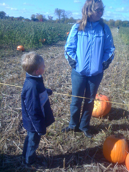 Picking pumpkins with Connor Grace - 10/11/2009