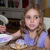 20090803_Ava_Frosting_001