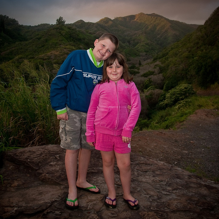 11.28.2009 - Connor and Claire at photo stop during an early morning drive on the eastside of Maui.