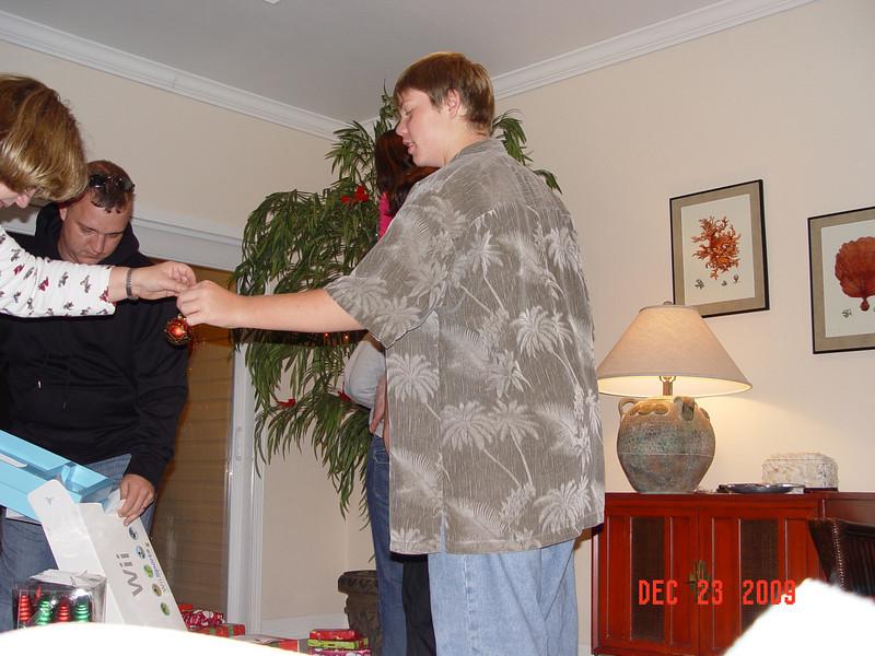 2009-12-Christmas 012