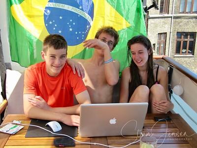 2010-06-26 Frederik kommer hjem fra RIO