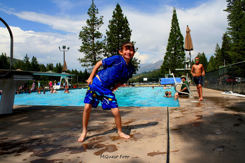 Hume Lake Sequoia - Pool area