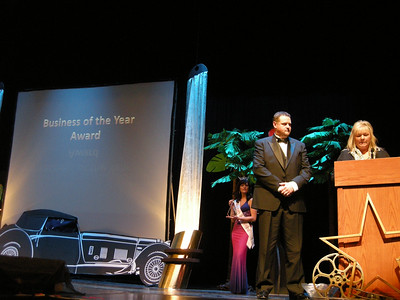 Nikki presents the Business of the Year Award