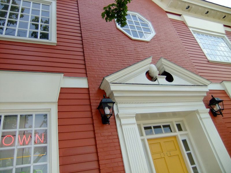 Move-in day for Sea Island Software's Main Street office