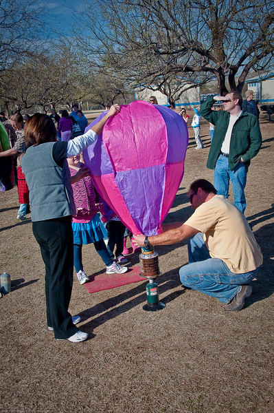 2.12.2010 -- The hot air balloon launch at Collier Elementary School.