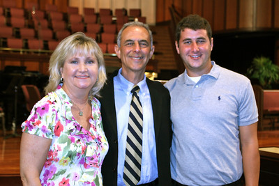 Neil Bloom with wife Joan and son David