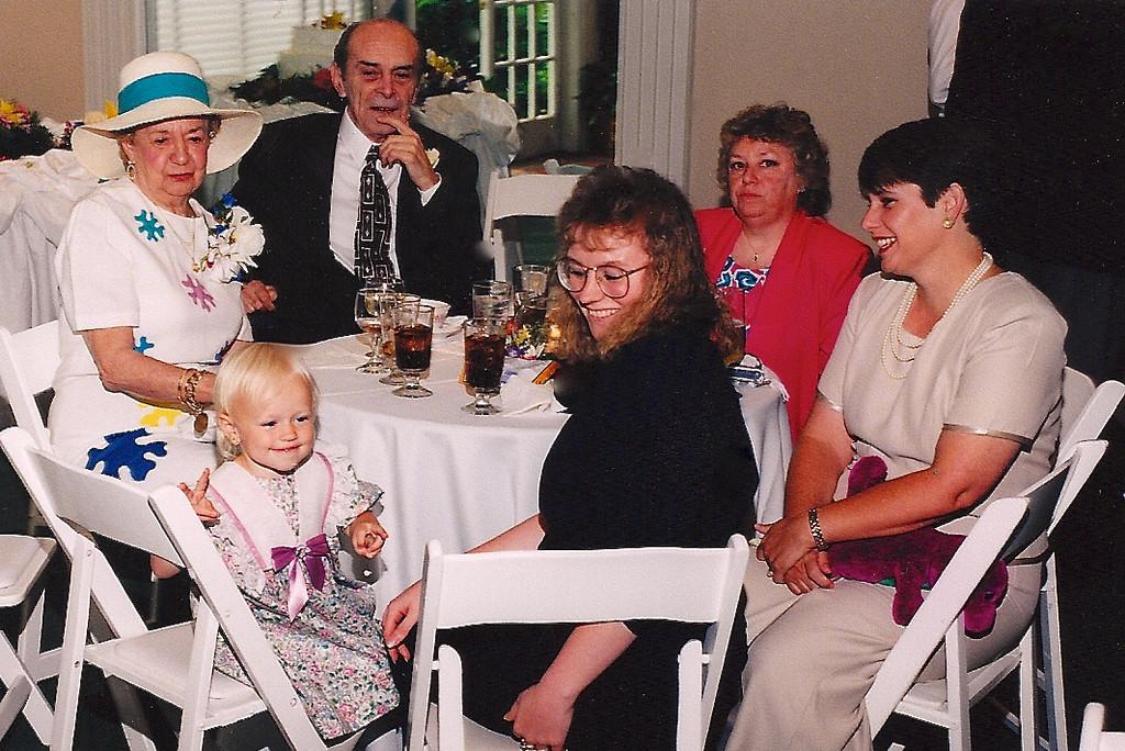Olive, Frank Sr., Nancy, <br /> karen, Danette and Kara