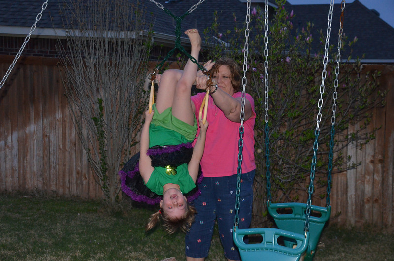 2012-03-17CloesBirthdayParty (5)