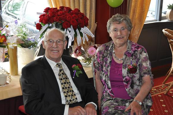 2011-05-28 oom Henk en tante Bep 40 jaar getrouwd