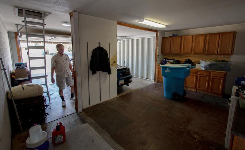 The garage - Phoenix, May 2012