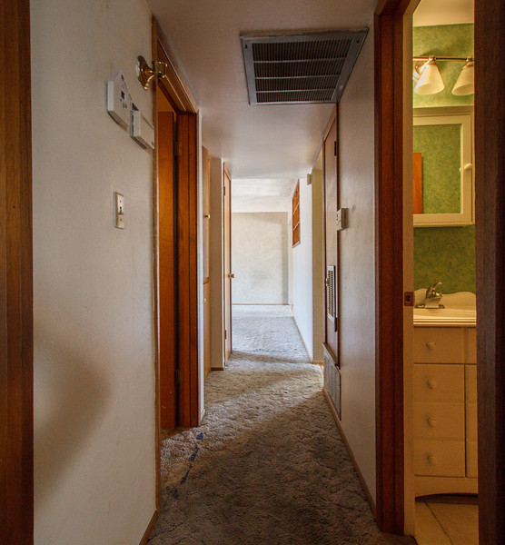 The hallway - Phoenix, May 2012