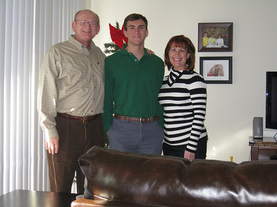 Ann, Morgan & Russell Bellmor At Morgan's Houston Apartment December 2011