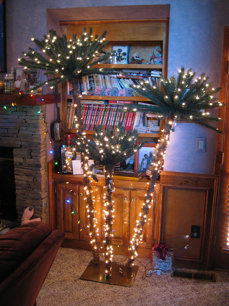 """The """"FU"""" Tree From The Wansleys At Russell & Ann's Highland Pointe Home November 2011"""