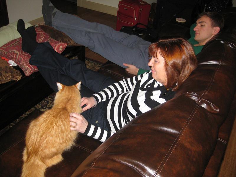 Ann, Morgan & Fuzzy Bellmor At Morgan's Houston Apartment December 2011