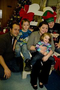 2011 Christmas Evve Dinner024001