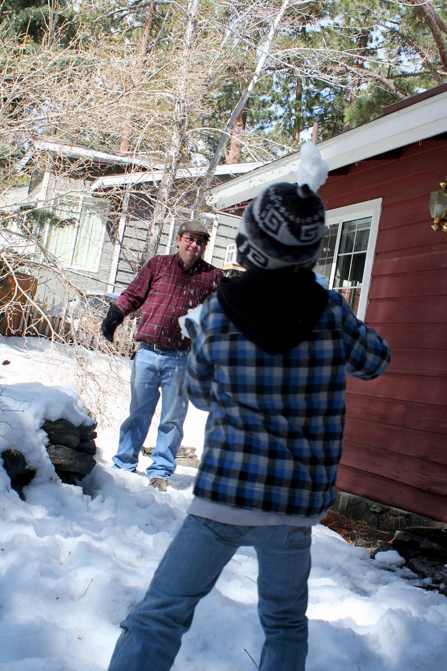 Snowball Fight - Brother and Jr