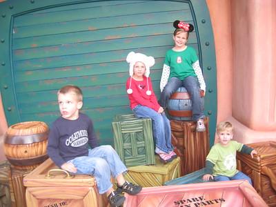 11/22/2011 Lois Disneyland