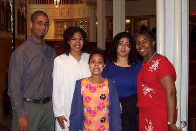 Anthony, Samantha, Sophia, Sara and Mom