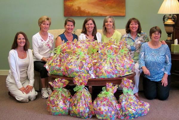 New Century Circle Making Easter Baskets