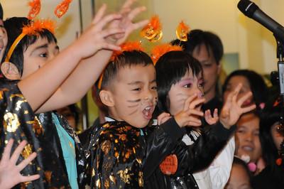 ShunHang  Halloween Show