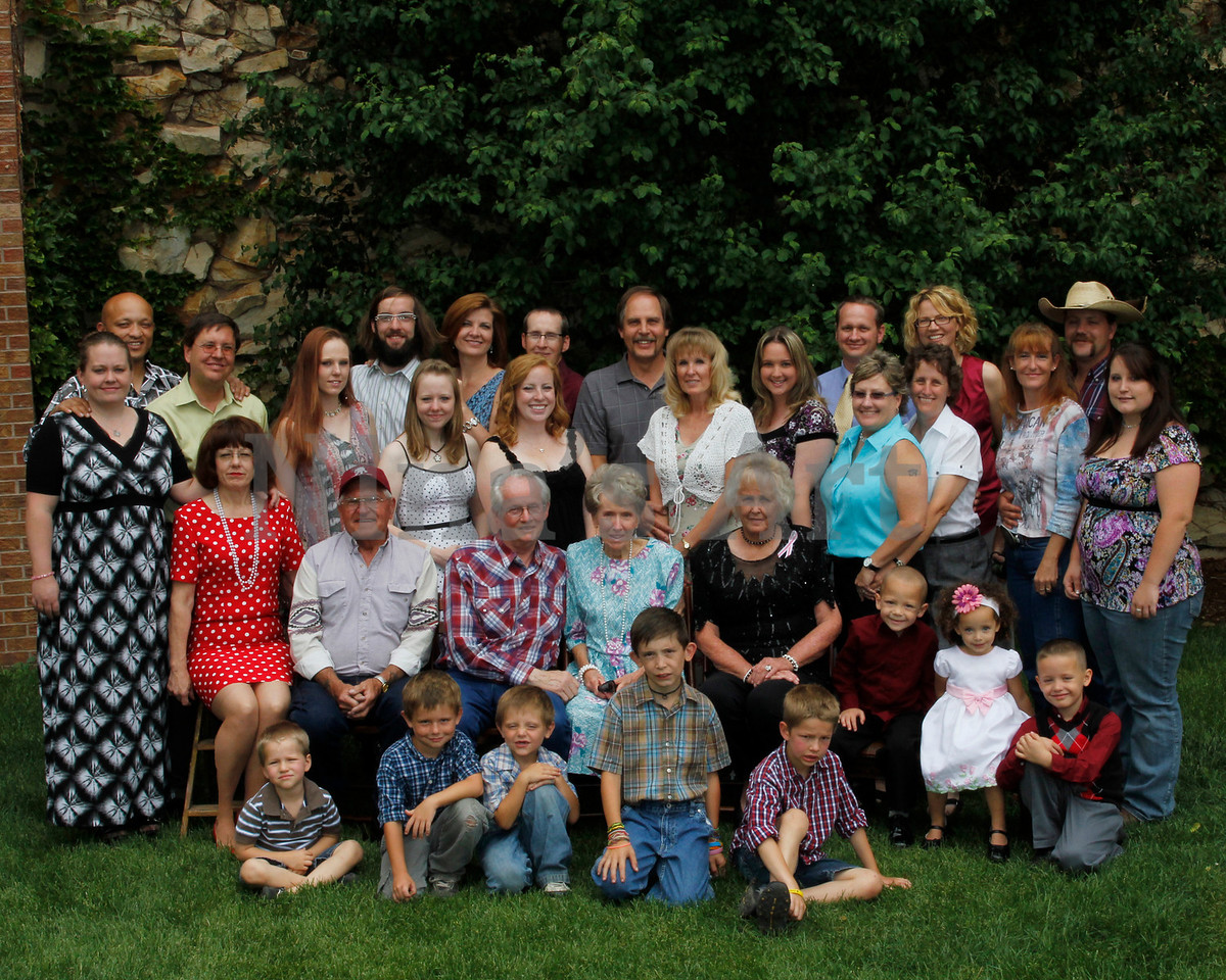 Best Wright Family June 2011 8x10