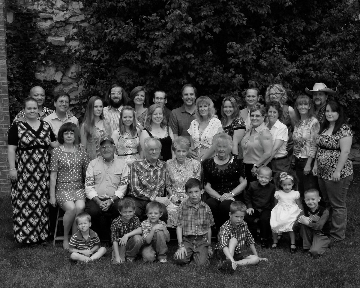 Best Wright Family June 2011 8x10 bw
