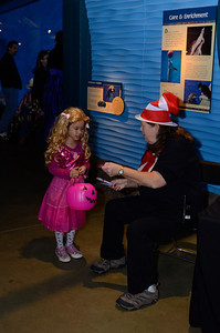 Trick or Treating at MN Zoo