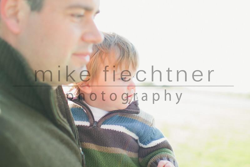 2011_11_05 Smithco Family-17
