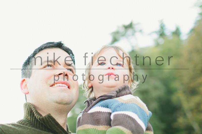 2011_11_05 Smithco Family-44
