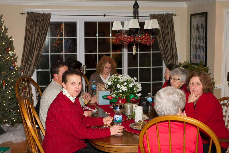 Ellie, Mary, Angie, Betty, Jackie (Keefe), Peggy, Mike, Joe