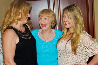 Mom,Maddie,Tessa813