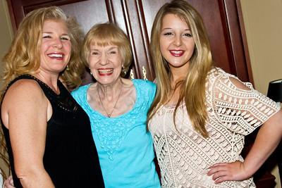 Mom,Maddie,Tessa812