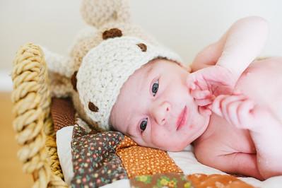 20120925-Levi-newborn-43