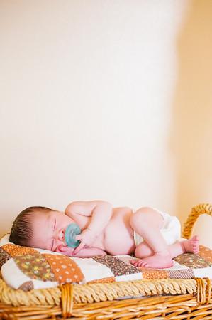 20120925-Levi-newborn-79
